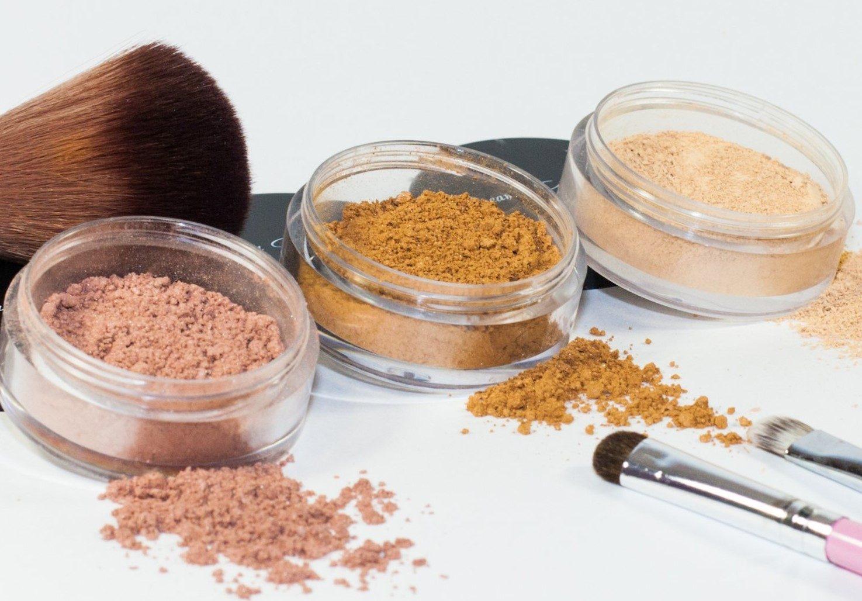 Где можно купить минеральную косметику в москве невская косметика мыло купить